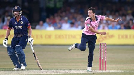 Nathan Sowter in bowling action for Middlesex