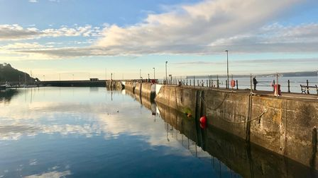 Torquay outer harbour wall