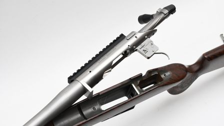 Integral recoil lug allows the fully bedded action to offer a switch barrel capability with alternat