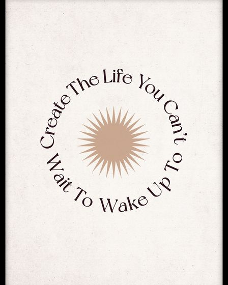 Create the Life poster fromMolly-Mae Hague's collection with Desenio.