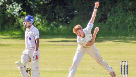Luke Pearson Taylor in bowling action for Clevedon