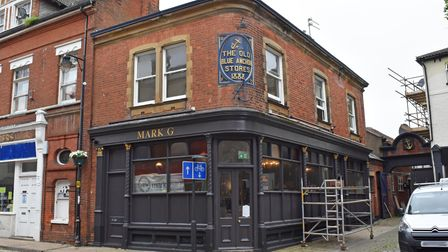 A new seafood restaurant and bar is set to open on the historic High Street in Lowestoft.