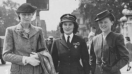 Soroptimists in the UK working together in Second World War.