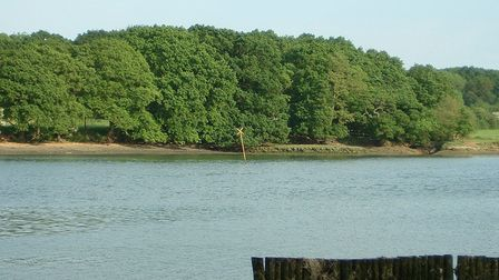 The yellowhazard marker is situated on the wreck of Grace Dieu in the River Hamble