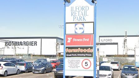Councillors approved outline plans for a development on the site of Ilford Retail Park.