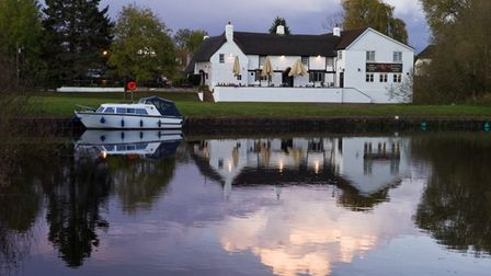 The Ferryboat Inn at Needingworth sits on the River Great Ouse.