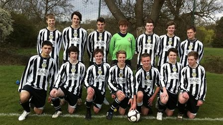 Potters Bar United youth team