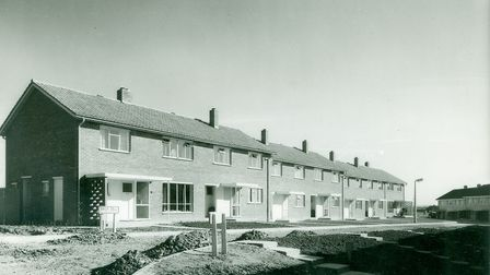 Housing in Broxdell, Stevenage, shortly after completion in June 1952