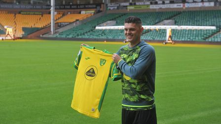 Milot Rashica speaks to the press for the first time after signing for Norwich City TT