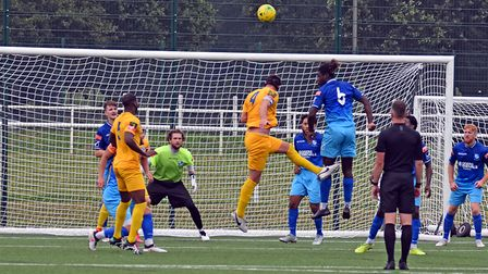 Wingate & Finchley in pre-season action against Barking