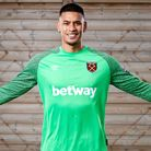 West Ham have signed World Cup-winning goalkeeper Alphonse Areola on loan
