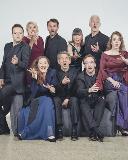 I Fagioliniis a British solo-voice ensemble directed by Robert Hollingworth