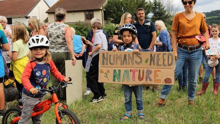 Two separate gatherings wereheld simultaneously on Sunday to supportprotecting Weston Big Wood in Portishead.
