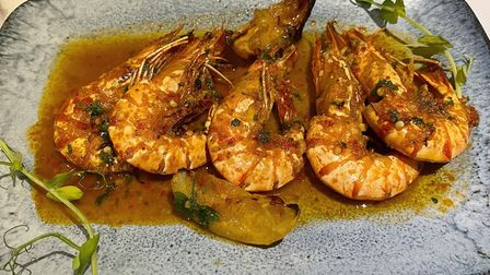 GamberoniallaGriglia(seasoned and grilled tiger prawns, served partially in their shell)