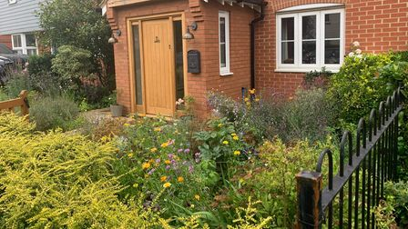 Burcu Munyas Ghadially's garden won the category of Front Garden winner for Stansted in Bloom