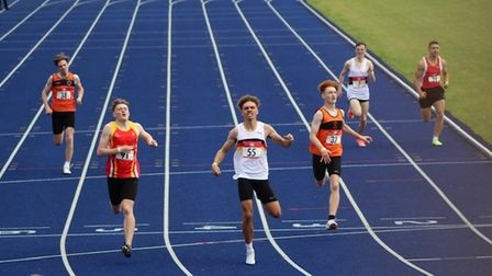 Calvin Smith wins at English Schools Track and Field Championship