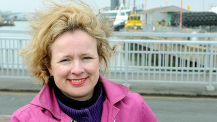 MEP Vicky Ford visits Lowestoft to find out about flood defence work. Vicky Ford on Lowestoft's
