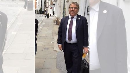 Mark Francois is spotted with a lockdown pint. Photograph: Twitter.