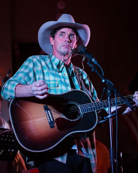 Rich Hall will appear at theJust The Tonic ComedyShindig in Hertfordshire.