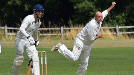 Bideford 2nd XI skipper Ian Hayter answered a late SoS to play for the first team at Chudleigh and took three wickets