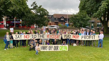 Local residents gathered this morning (mon)to voice their opposition to the proposed cafe kiosk on Christ Church Green