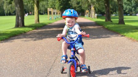 Summer during August 2021Families enjoy the weather in Eaton ParkZach Cursons Byline: Sonya Dun