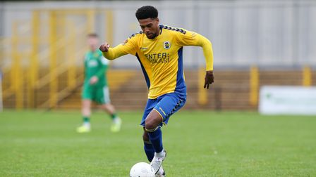 Shaun Jeffers scored a hat-trick inside the first 12 minutes ofSt Albans City's win over Welling United atClarence Park.