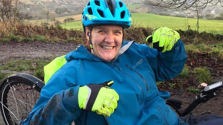 Sue Whitfield's stepbrother plans to cycle 160 miles from Norwich to Sheffield to support her during her leukemia fight