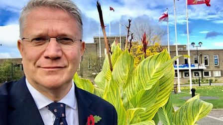 Andrew Rosindell leading calls for relaxation of pet rules