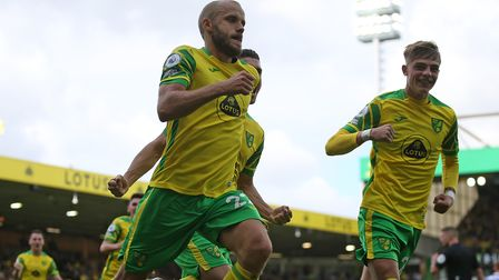 Teemu Pukki of Norwich celebrates scoring his sideÕs 1st goal from the penalty spot during the Premi