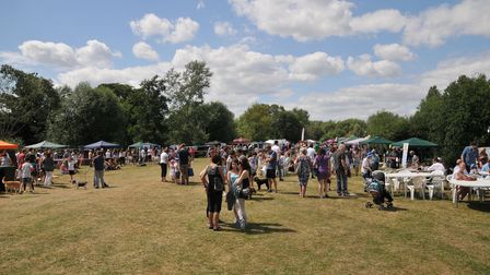 Hot weather brought the crowds out to Singlers Marsh for the Welwyn Festival