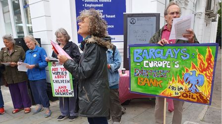 Hackney elders and grandparents of Extinction Rebellion called out big banks for investing in fossil fuels this week.