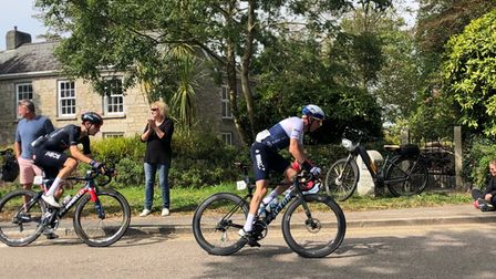 Têtede laCourse as they enter Camborne in the Depart stage of the Tour of Britain