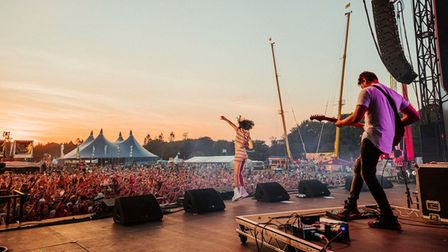 Raye impresses the crowds with her hits at Sundown 2021.