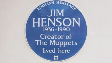 The Muppets' creator, Jim Henson, has been honoured with an English Heritage blue plaque