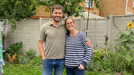 Ian and Jenni Rodd are taking on a cycle challenge for Kidney Research UK to mark a year since Ian gave Jenni a kidney
