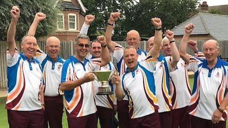 Harpenden's winning squad in the Maynard Cup