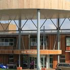 Hinchingbrooke Hospital's plans for a new theatre block receive excellent rating.