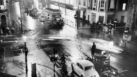 Norwich Streets -- PPrince of Wales Road when two-way traffic existedpoliceman observes the tr
