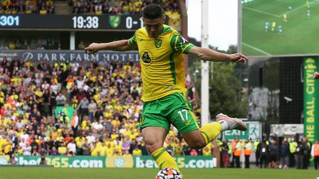 Milot Rashica of Norwich crosses the ball during the Premier League match at Carrow Road, Norwich P