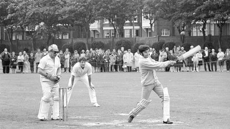 Variety Artists cricket match at Great Yarmouth - Jimmy Tarbuck - pic taken 4th august 1968 m9002-