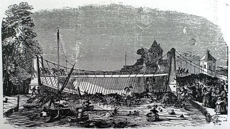 (1of1) Copy pic for Mercury - Copy pic of the Suspension Bridge disaster in Gt. Yarmouth.