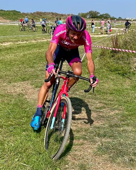 Paul Caton of Verulam Reallymoving in action inthe Central Cyclo-cross League at Silverstone.