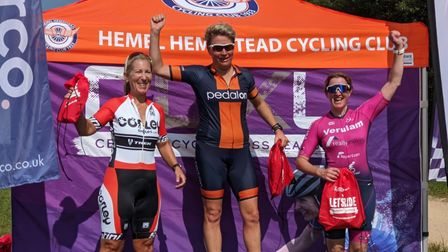 Rachel Dunn of Verulam Reallymoving was third at round one of the Central Cyclo-cross League at Silverstone.