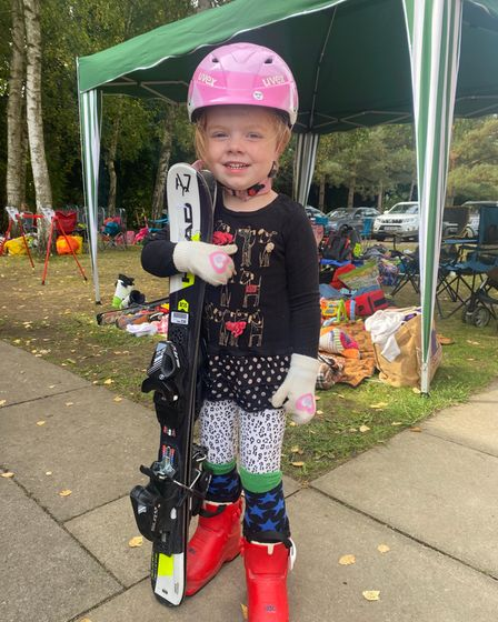 A young girlenjoying the David Beckett Commemorative Races event