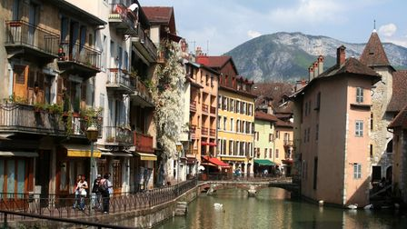 Annecy houses and river running through centre