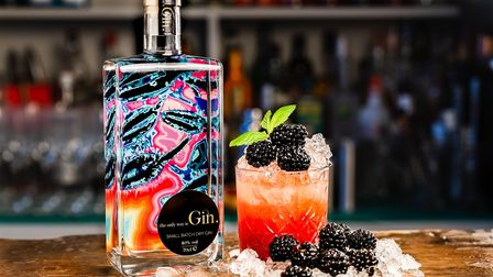 Bramble cocktail with gin