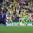 Teemu Pukki of Norwich scores his sides 1st goal during the Premier League match at Carrow Road, Nor