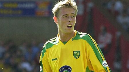 Ex-Norwich City loaneePeter Crouch has offered his advice to the Premier League strugglers
