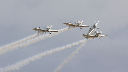 A manoeuvre from Team Raven, aformation aerobatic display team.